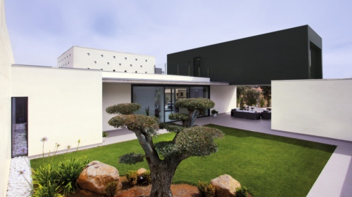 vivienda-unifamiliar-merida-coverlam-basic-negro-100x300 web-1