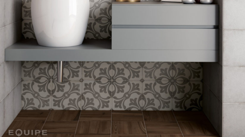 artnouveau grey ramblagrey woodlandhoney bathroom-824x1030